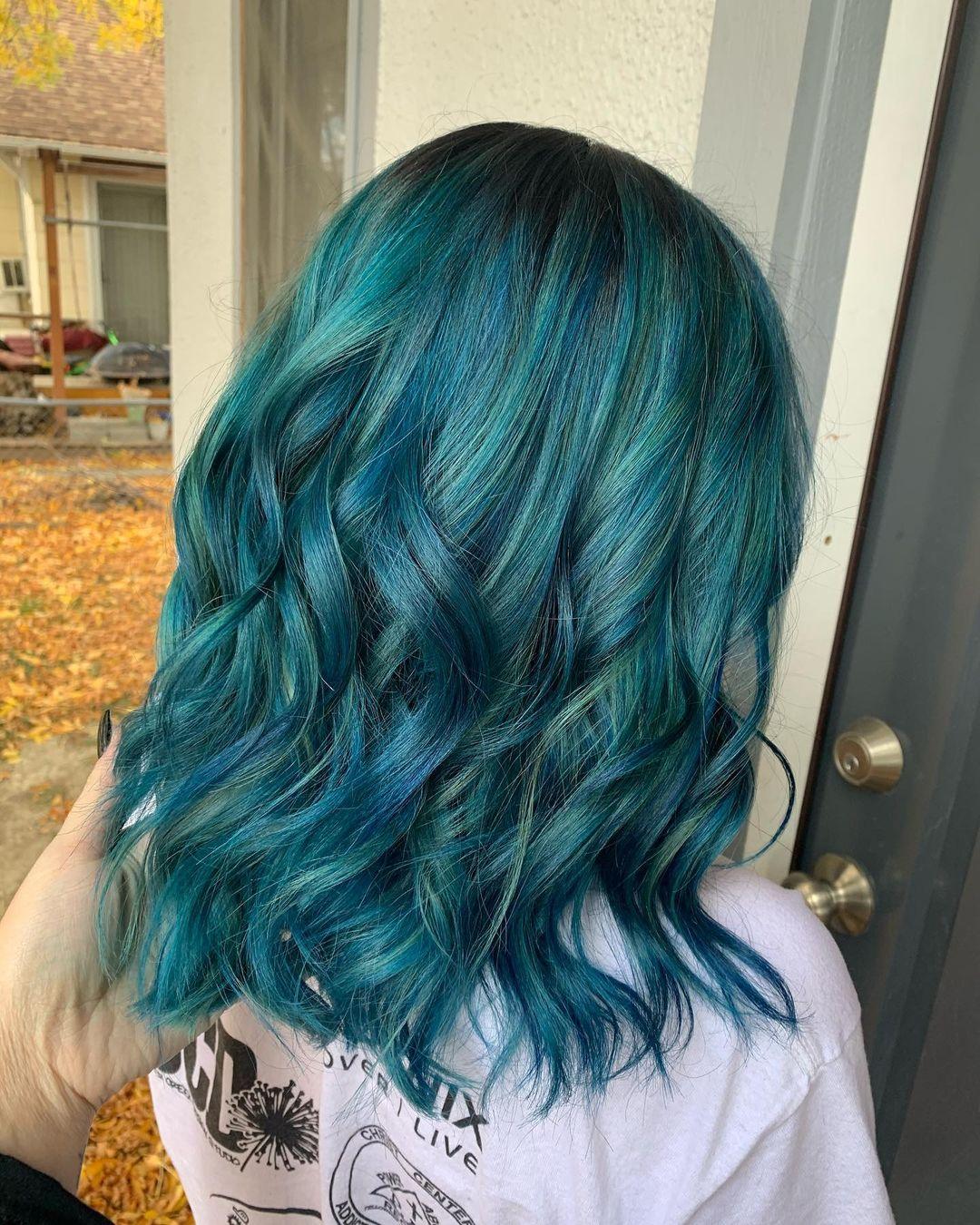 Bleu sarcelle verdâtre