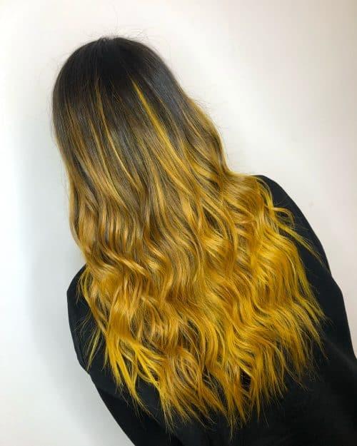 Ombre noire et jaune