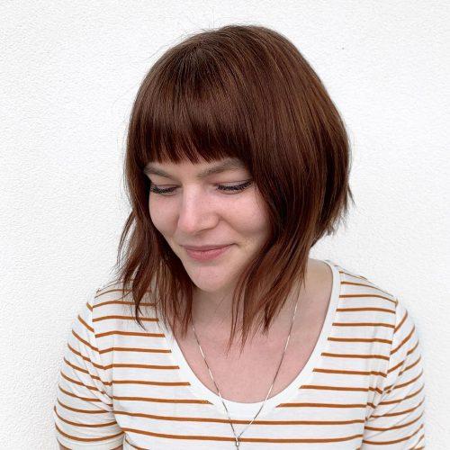 Couleur de cheveux châtain chaud