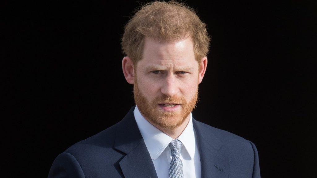 Le prince Harry, duc de Sussex, accueille les tirages au sort de la Coupe du monde de rugby 2021 pour les tournois masculin, féminin et en fauteuil roulant au palais de Buckingham, le 16 janvier 2020 à Londres, en Angleterre.