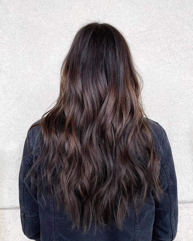 cheveux bruns sableux pour cheveux foncés