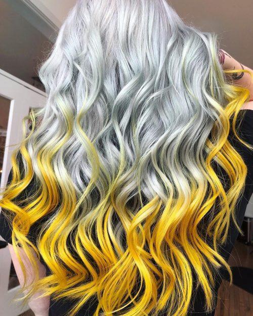Cheveux jaunes et blancs