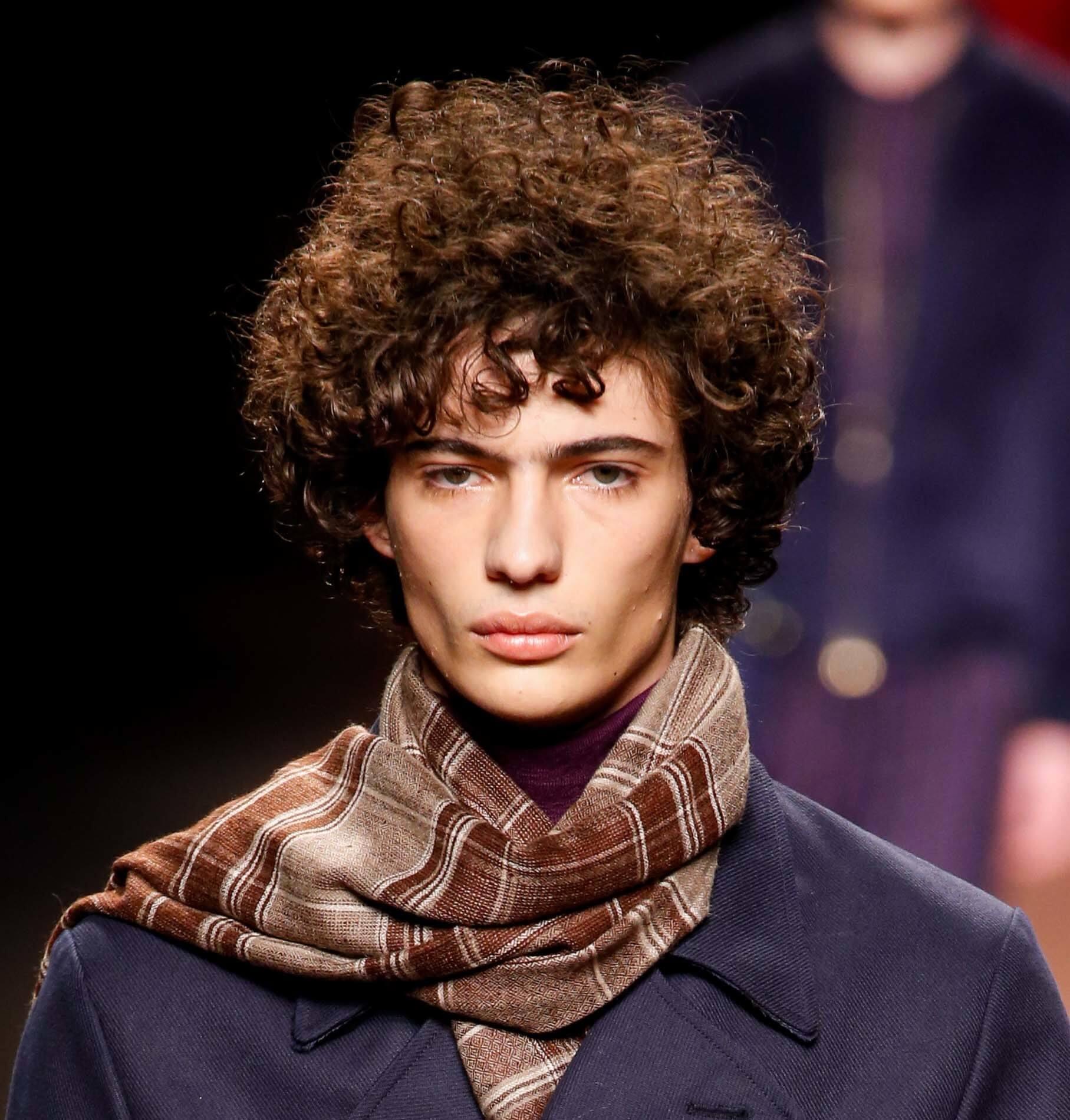 styles d'argile pour cheveux