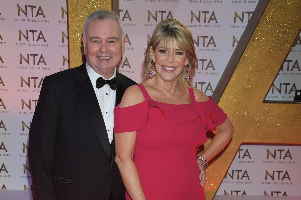 Eamonn Holmes et Ruth Langsford assistent aux National Television Awards 2020 à l'O2 Arena le 28 janvier 2020 à Londres, Angleterre.