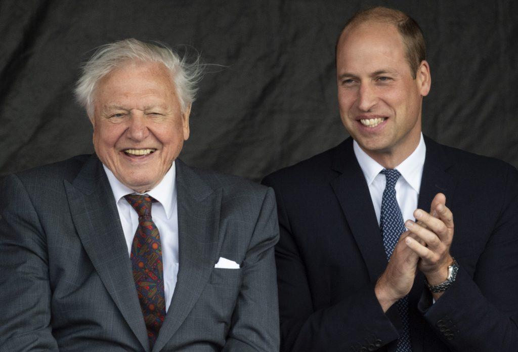 Le prince William, duc de Cambridge et Sir David Attenborough assistent à la cérémonie de baptême du RSS Sir David Attenborough le 26 septembre 2019 à Birkenhead, en Angleterre.