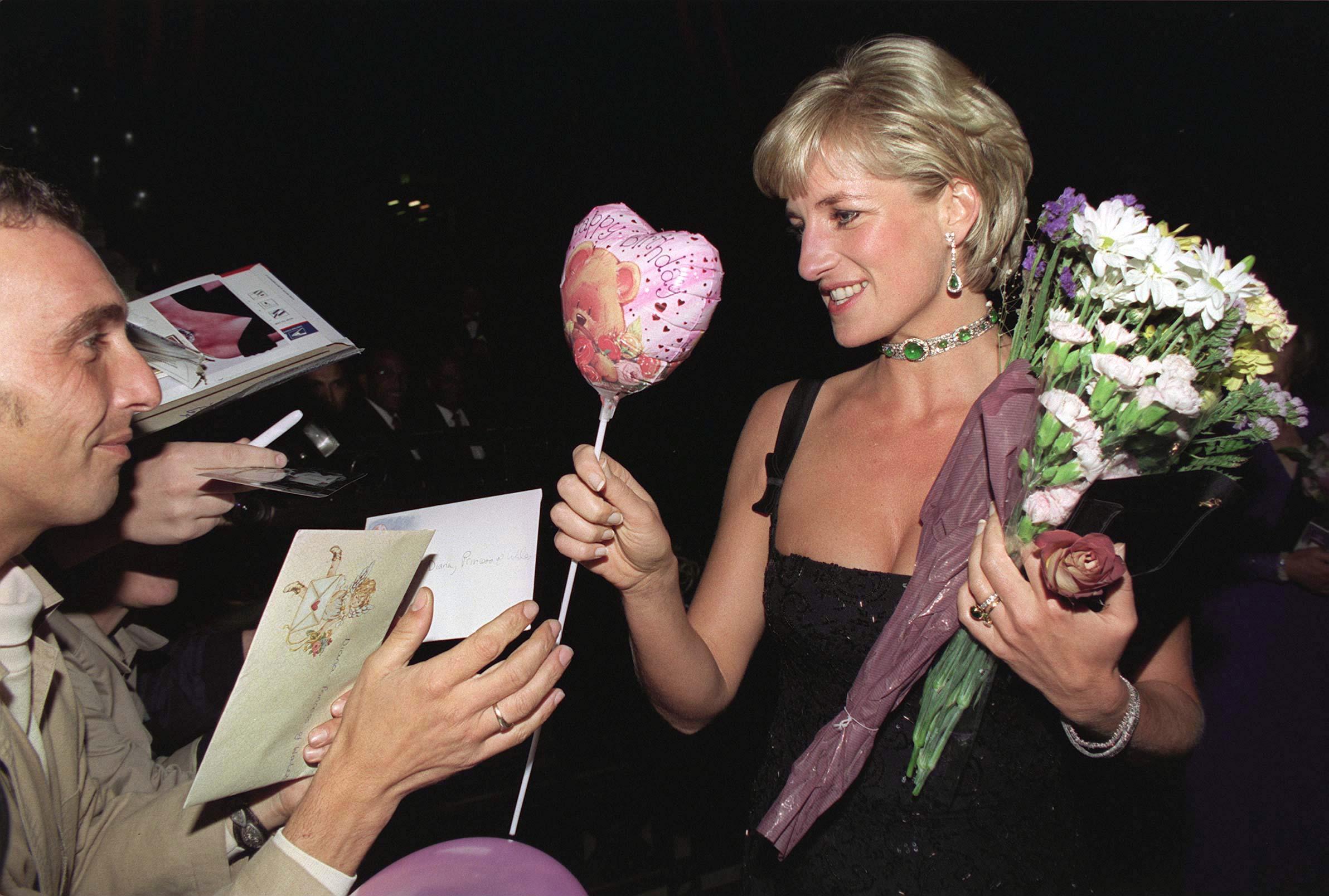 La Princesse Diana fête son 36e anniversaire
