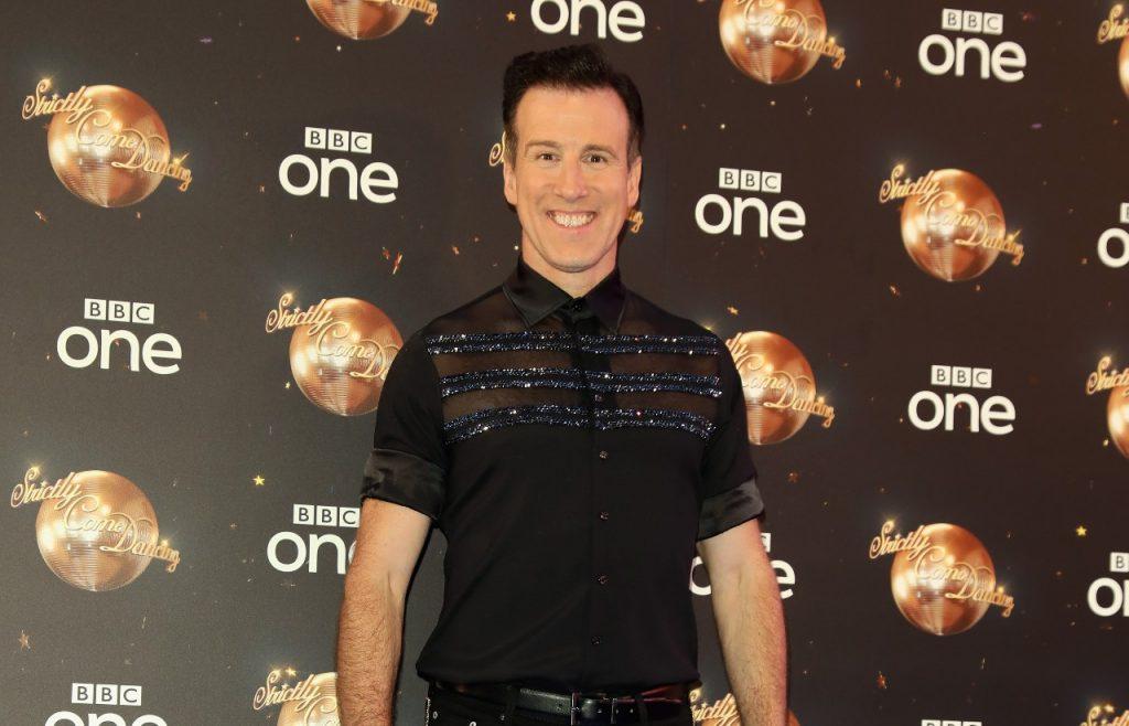 Anton Du Beke assiste au lancement du tapis rouge de 'Strictly Come Dancing 2018' à Old Broadcasting House le 27 août 2018 à Londres, en Angleterre.