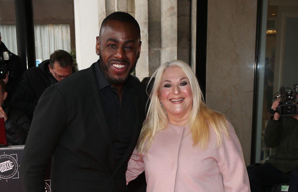 Vanessa Feltz et Ben Ofoedu assistent aux TRIC Awards 2018 qui se sont tenus à l'hôtel Grosvenor House le 13 mars 2018 à Londres.