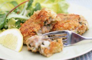 Gâteaux de poisson au saumon et au parmesan Recettes de saumon en conserve