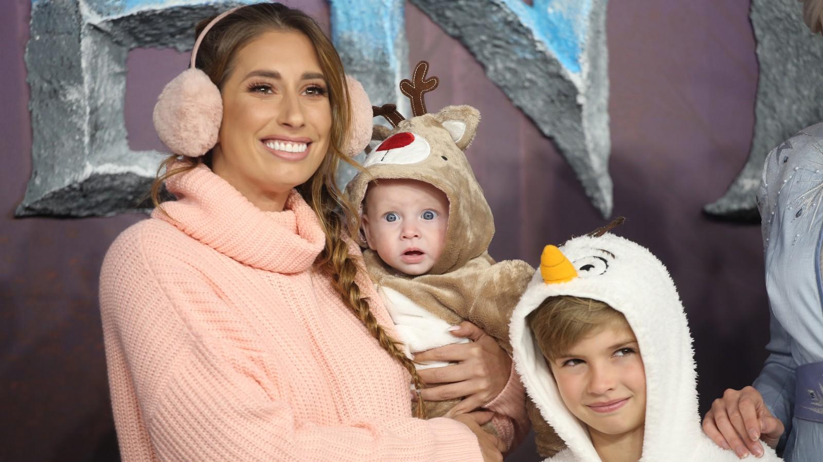 Stacey Solomon et ses enfants Rex et Leighton