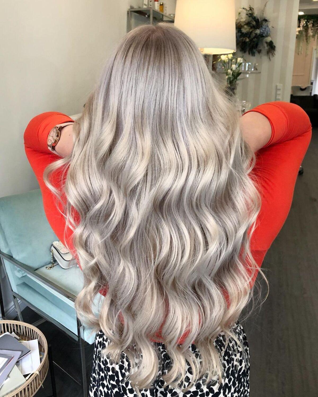 Couleur de cheveux blond champagne