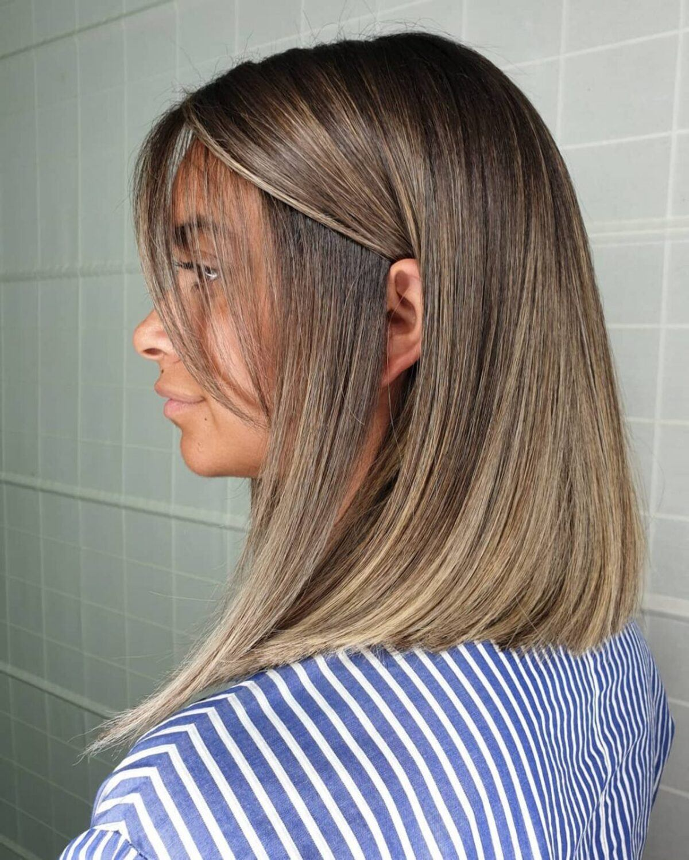 Coiffure ombre brun moka à blond subtil