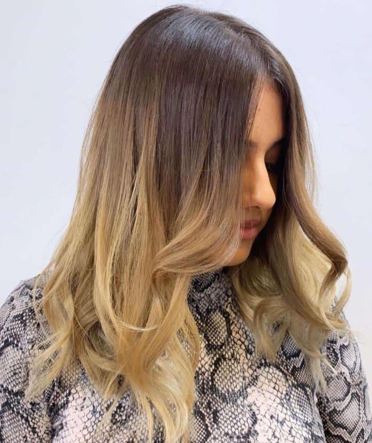 Ombre brun moyen à blond