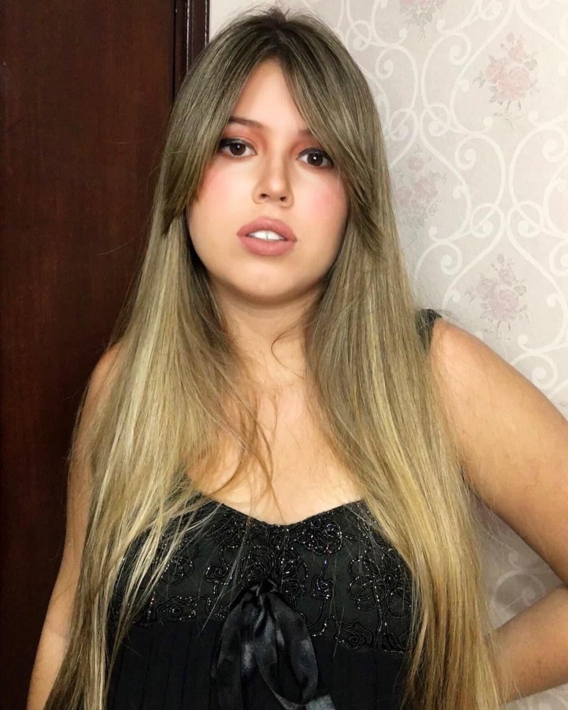 Frange rideau pour cheveux longs