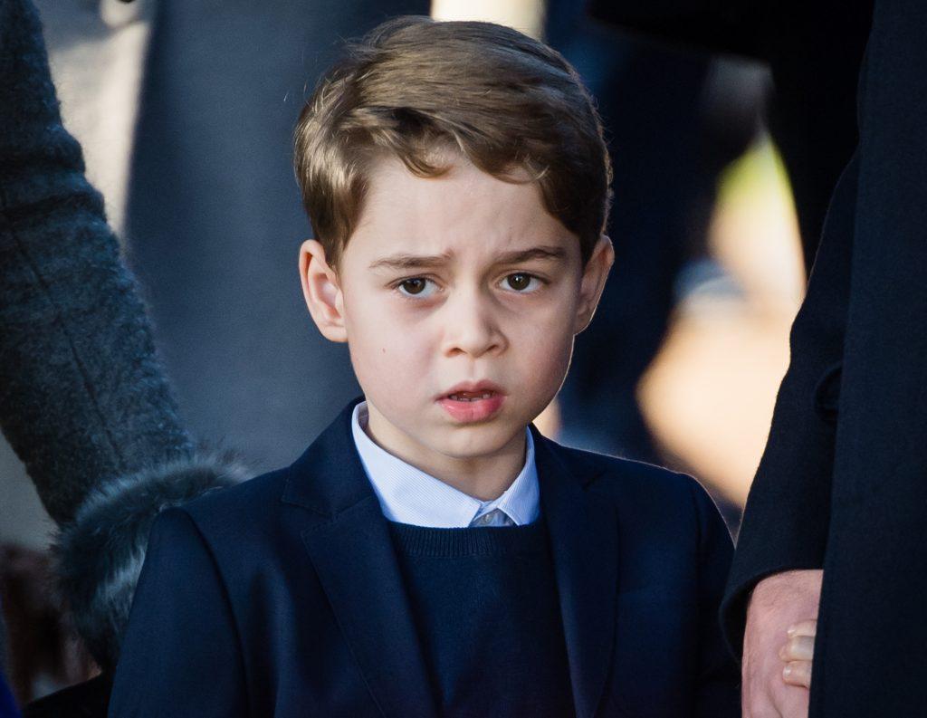 Le prince George de Cambridge assiste au service religieux du jour de Noël à l'église de St Mary Magdalene sur le domaine de Sandringham, le 25 décembre 2019 à King's Lynn.