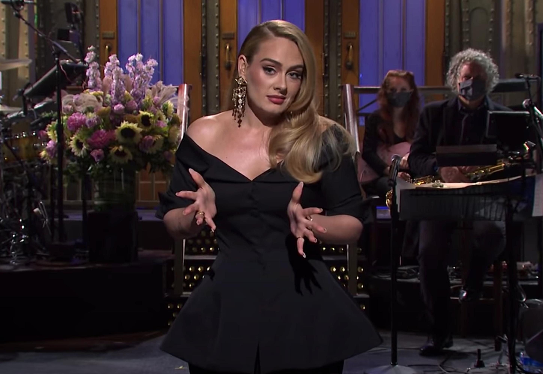 Adele sur SNL parlant de sa perte de poids