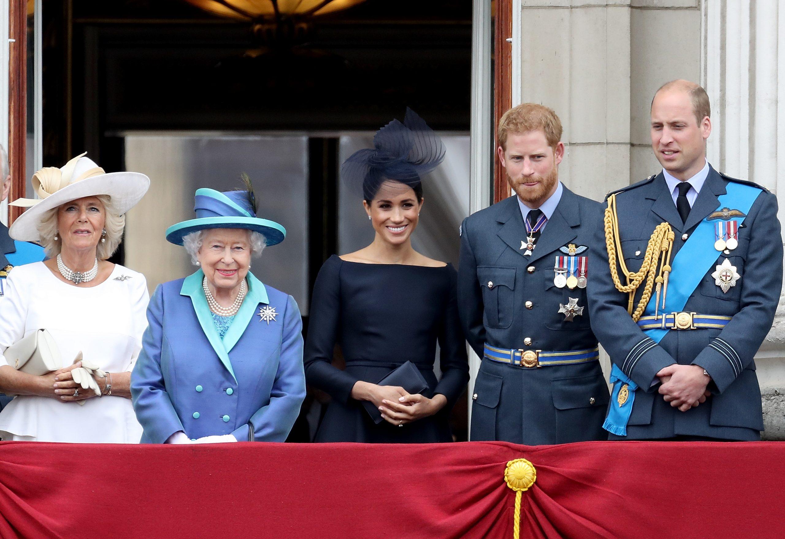 Duchesse Camilla, La Reine, Meghan Markle, Prince Harry, Prince William
