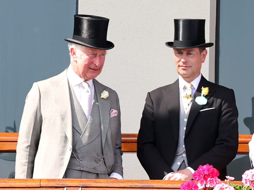 Le prince Charles, prince de Galles, et le prince Edward, comte de Wessex, lors du Royal Ascot 2021 à l'hippodrome d'Ascot, le 15 juin 2021.