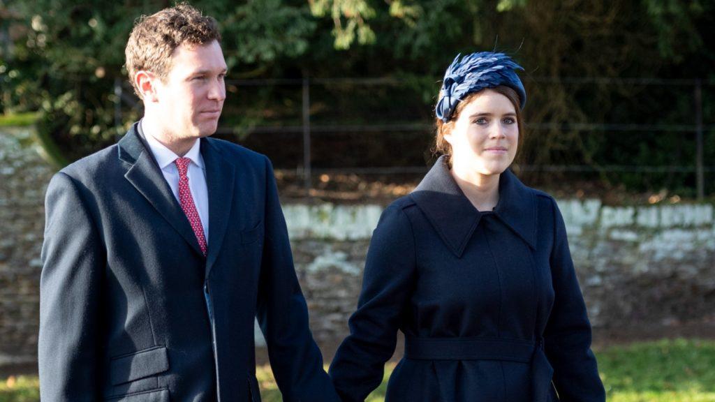 La princesse Eugenie et Jack Brooksbank assistent au service religieux du jour de Noël à l'église de St Mary Magdalene sur le domaine de Sandringham, le 25 décembre 2019 à King's Lynn, au Royaume-Uni.