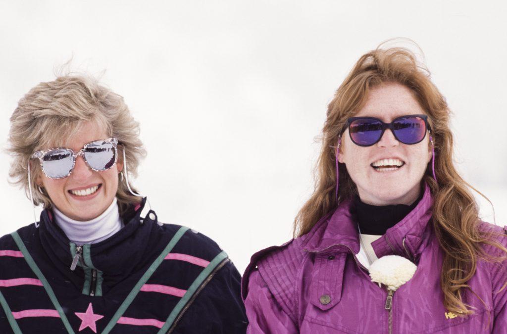 La princesse Diana et Sarah Ferguson à Klosters en 1988.
