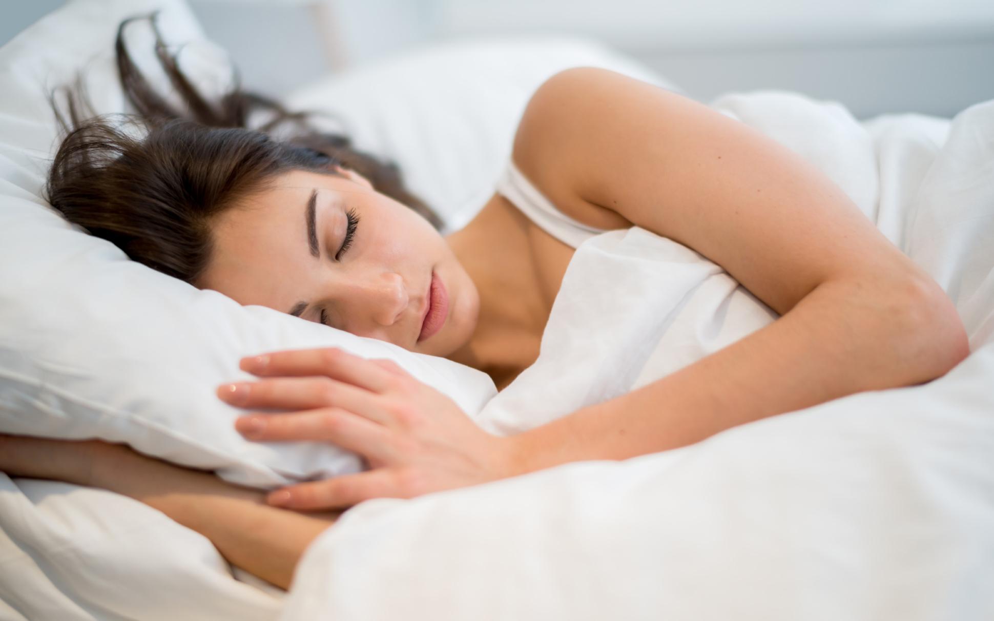 femme endormie : abandon de l'alcool