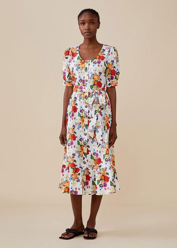 Finery London Tove White Floral Midi Dress peut être portée lors d'un mariage.