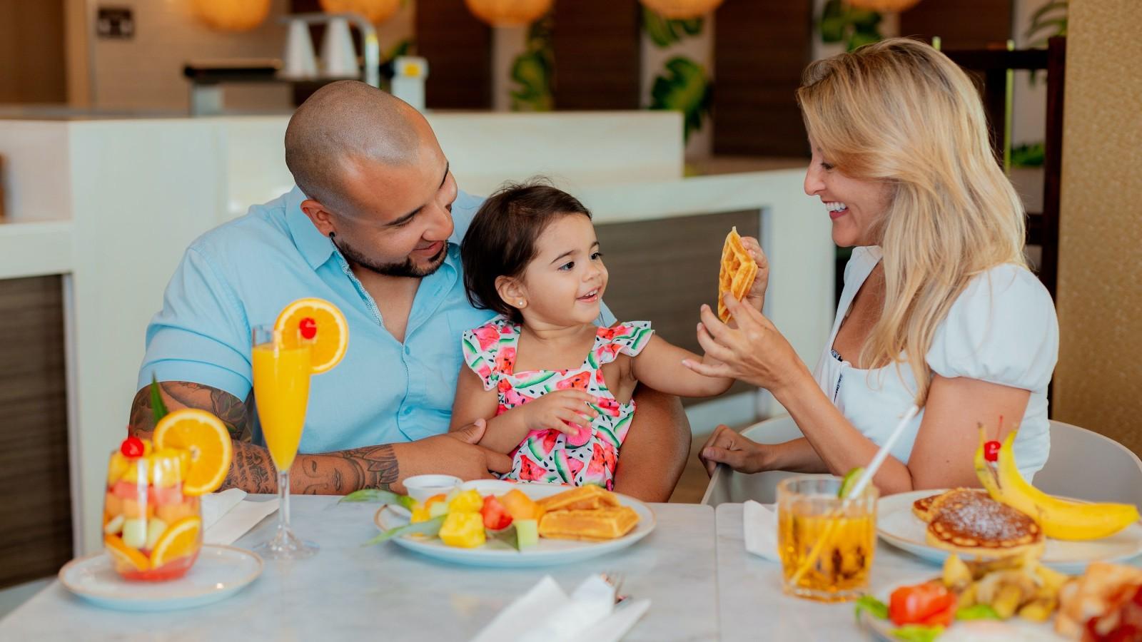Où les enfants mangent-ils gratuitement près de chez moi ?