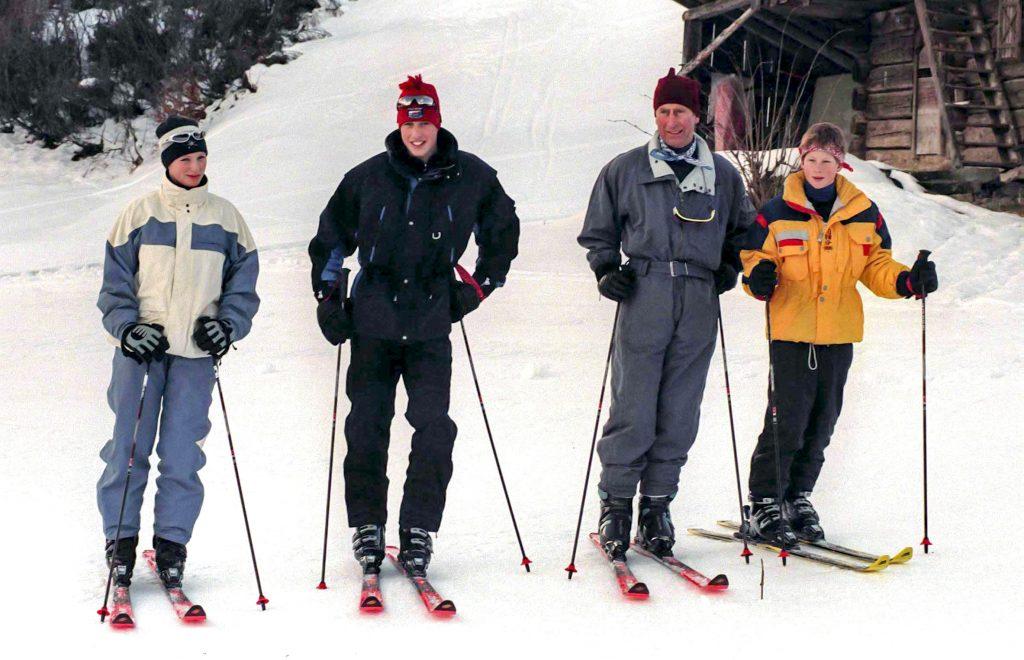 Zara Phillips, et le Prince William, le Prince Charles, le Prince de Galles, et le Prince Harry, assistent à un photocall pendant les vacances de ski annuelles de la famille royale.