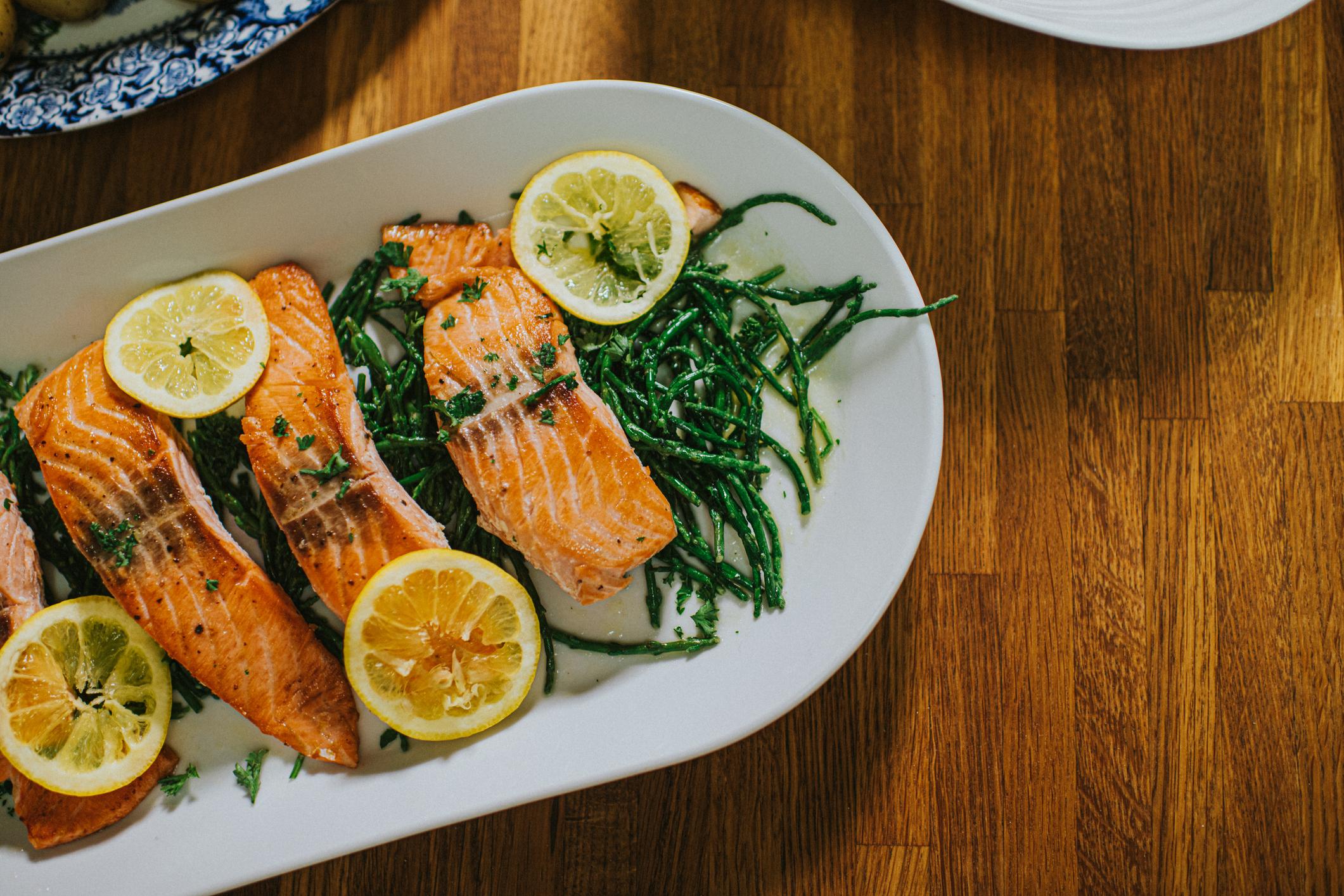 Le saumon - l'un des meilleurs aliments brûleurs de graisse