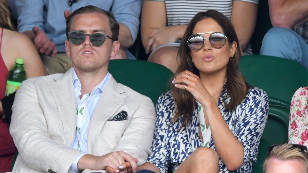 Binky Felstead (R) assiste au septième jour des championnats de tennis de Wimbledon au All England Lawn Tennis and Croquet Club, le 08 juillet 2019 à Londres, en Angleterre.