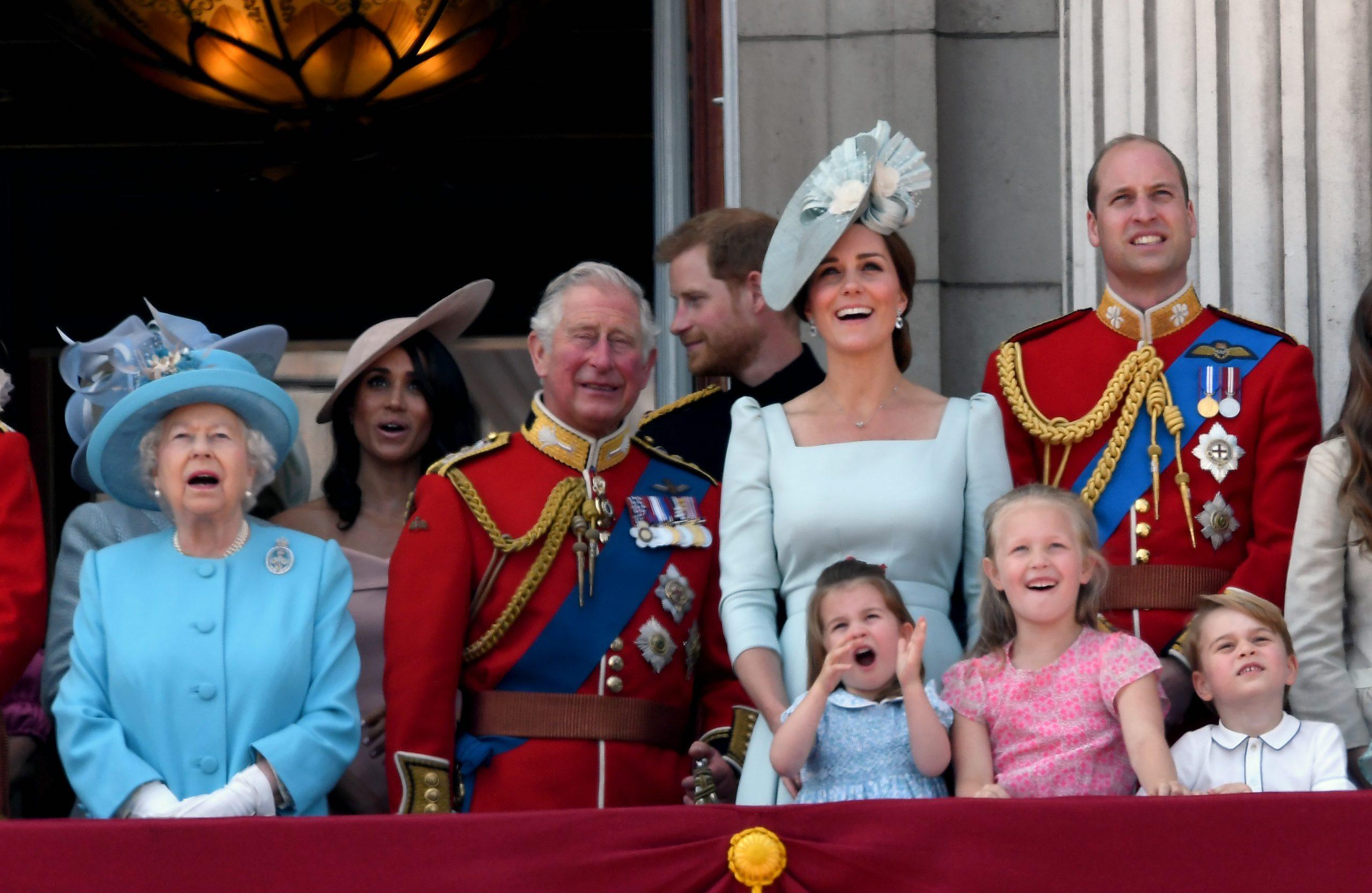 La reine, le prince Harry, Meghan Markle