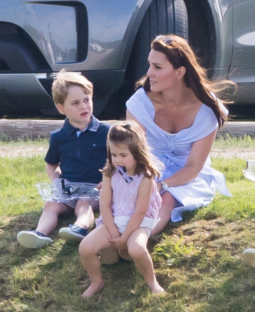 La Princesse Charlotte, Kate Middleton et le Prince George