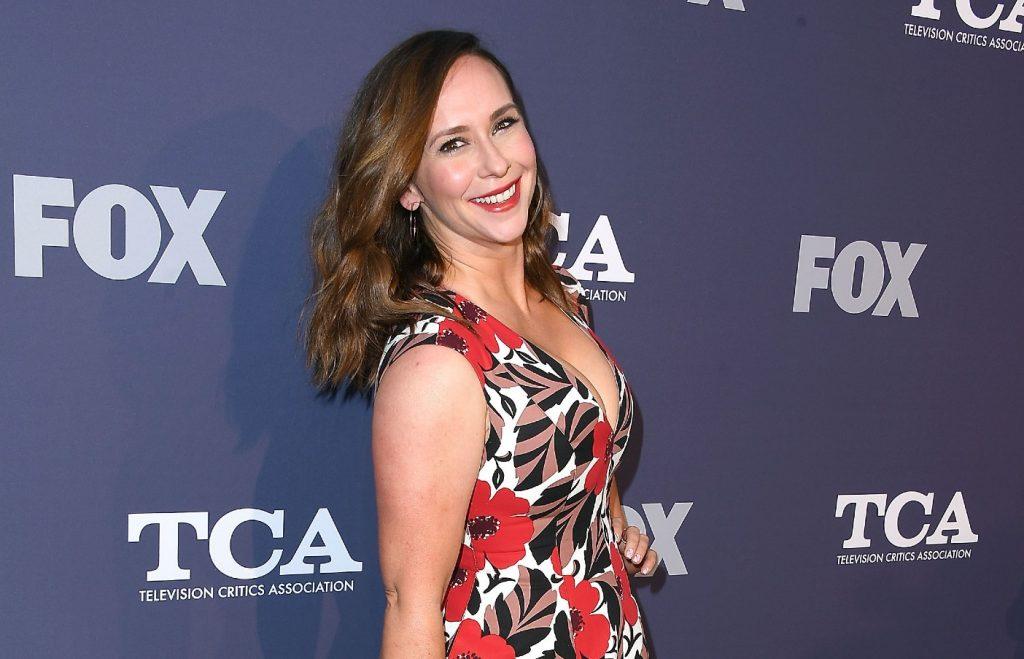 Jennifer Love Hewitt arrive à la FOX Summer TCA 2018 All-Star Party.