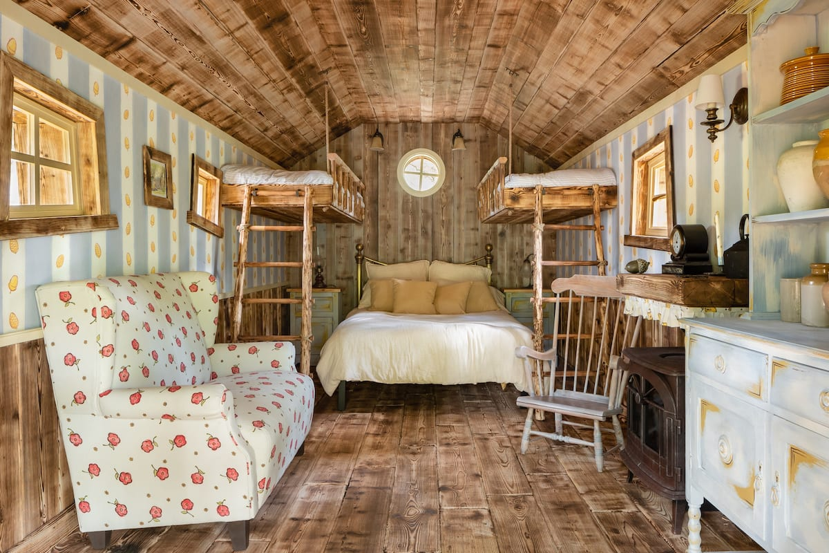 Airbnb Winnie the Pooh