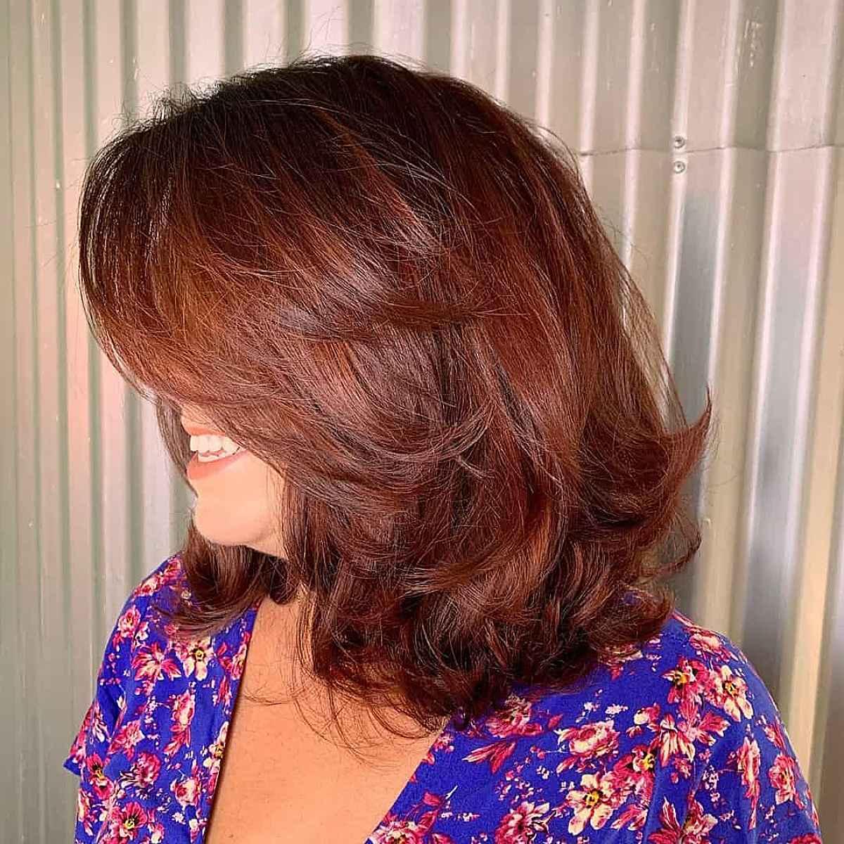 Couleur de cheveux inspirée de l'automne, châtain chaud