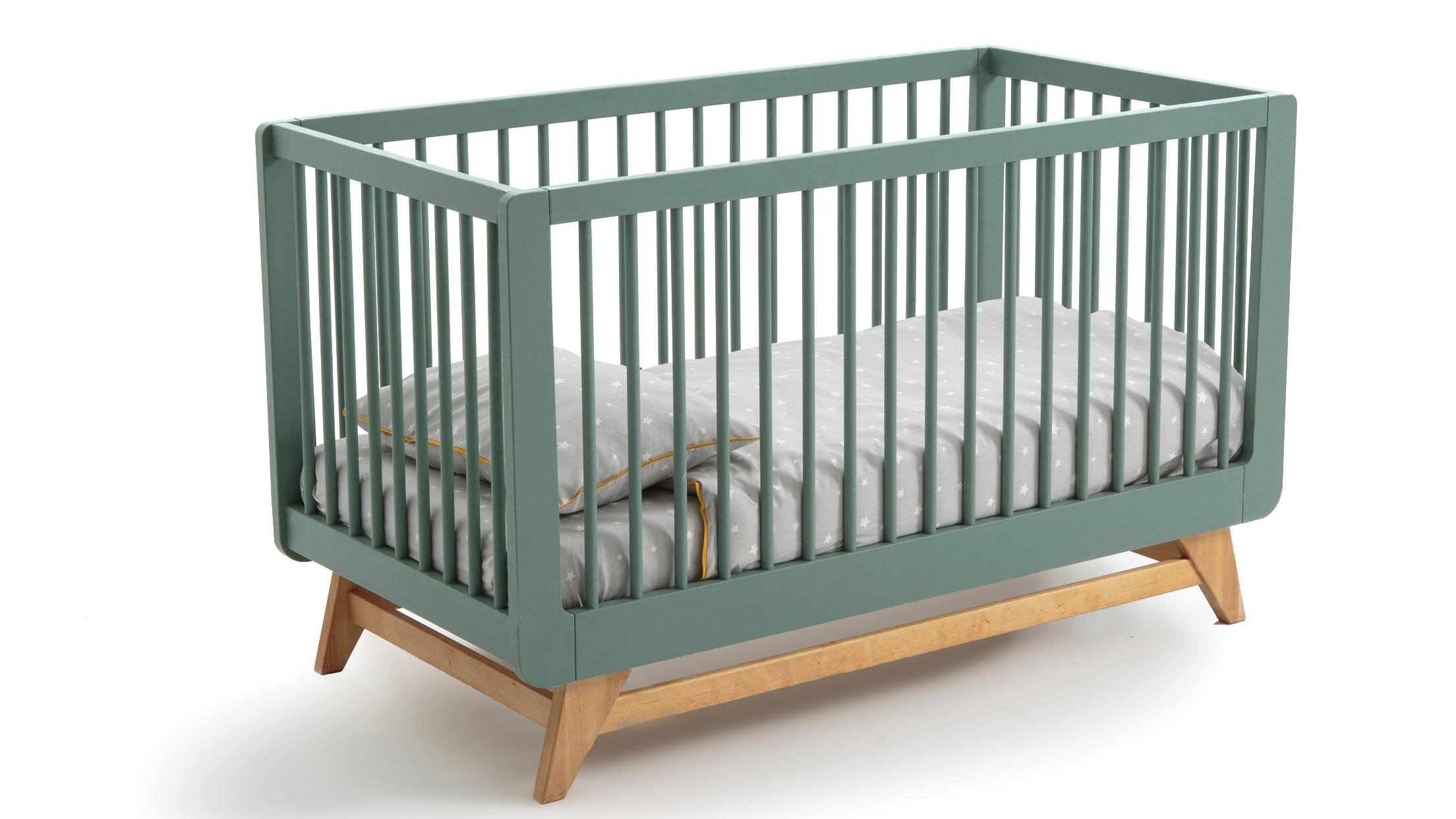 Les meilleurs lits de bébé de qualité supérieure : Lit bébé ajustable Willox de La Redoute