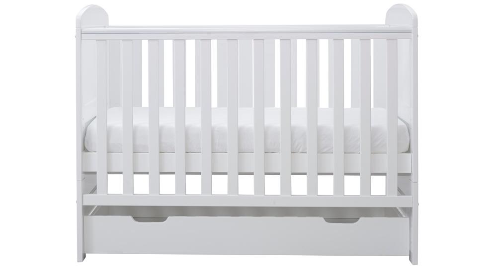 Ickle Bubba Coleby Mini Cot Bed est notre choix comme l'un des meilleurs lits de bébé.