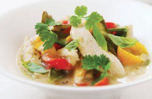 Curry thaïlandais de poulet à faible teneur en glucides pour les Hairy Bikers