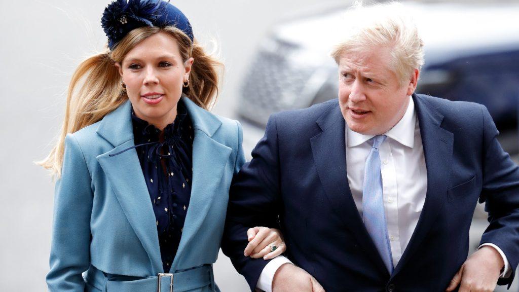Carrie Symonds et le Premier ministre Boris Johnson assistent au Commonwealth Day Service 2020 à l'Abbaye de Westminster le 9 mars 2020 à Londres, Angleterre. Le Commonwealth représente 2,4 milliards de personnes et 54 pays, travaillant en collaboration pour atteindre des objectifs économiques, environnementaux, sociaux et démocratiques communs.