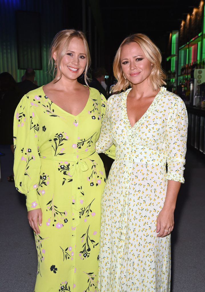 Amy Walsh et sa sœur Kimberley Walsh