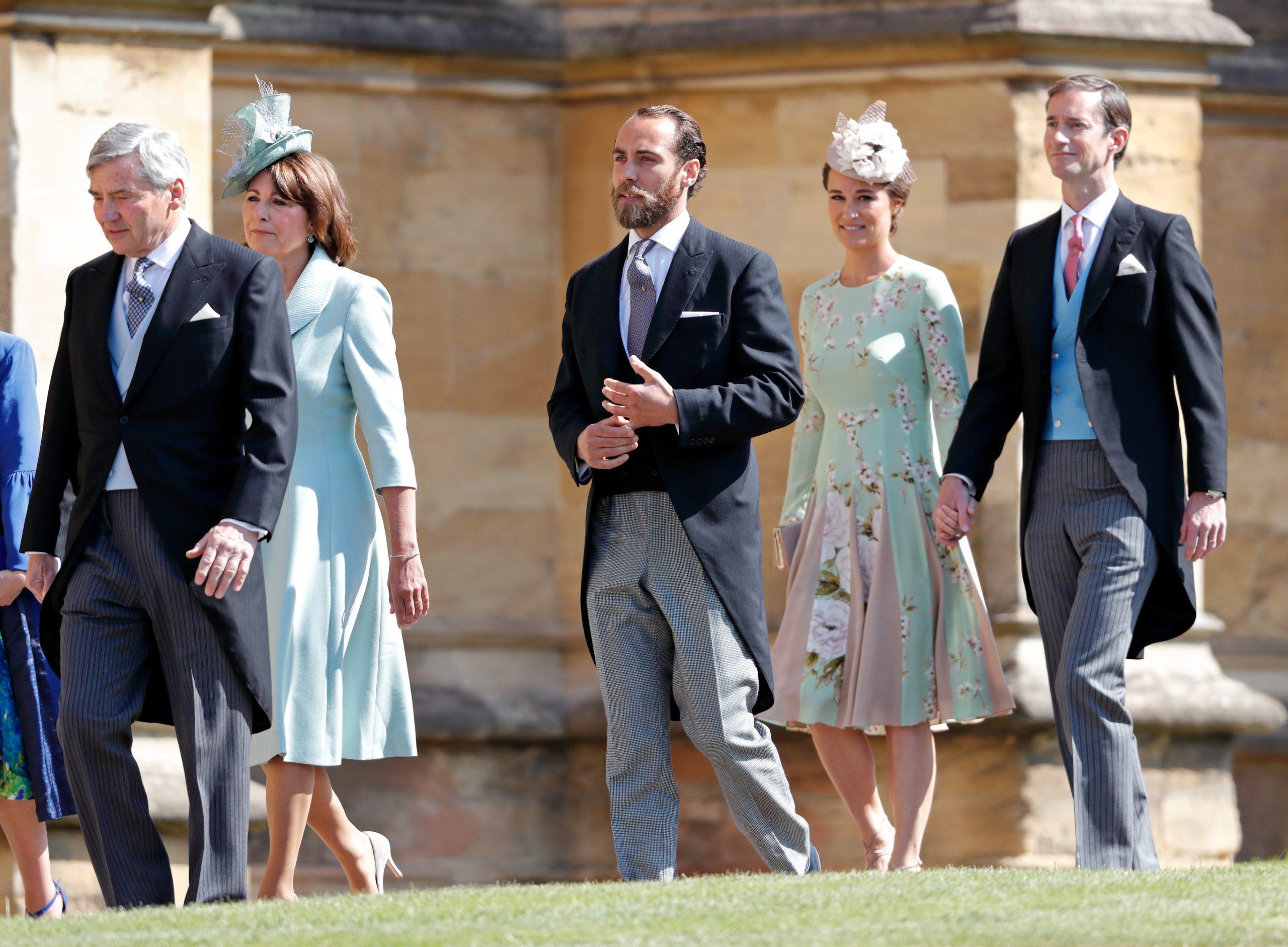 Carole et Michael Middleton avec leur fils James Middleton et sa sœur Pippa Middleton avec son mari James Matthews.
