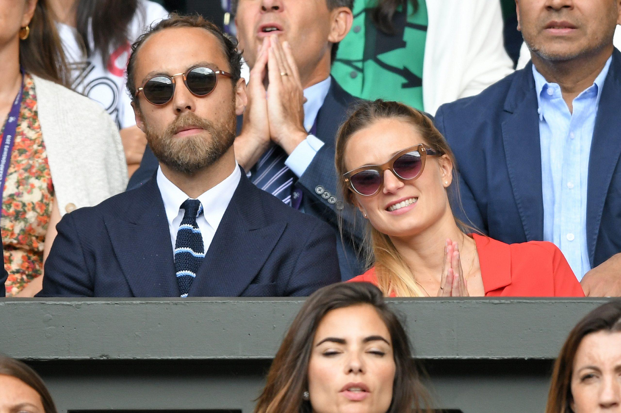James Middleton et sa femme Alizee Thevenet à Wimbledon en 2019.