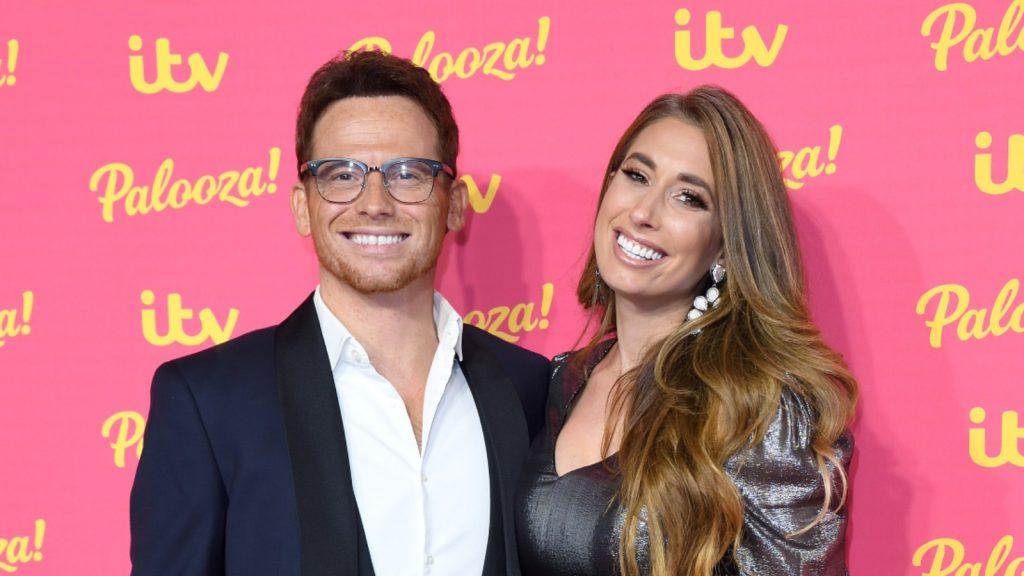 Joe Swash et Stacey Solomon assistent à l'ITV Palooza 2019 au Royal Festival Hall le 12 novembre 2019 à Londres.