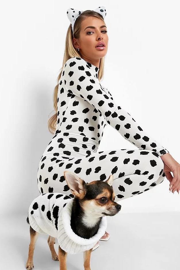 Boohoo Halloween dog outfit