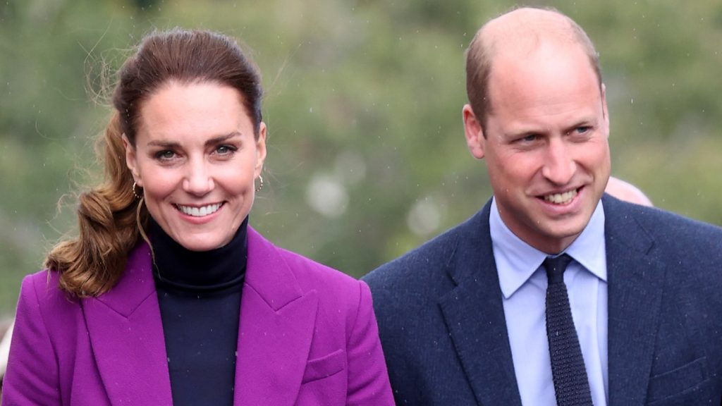 Catherine, duchesse de Cambridge, et le prince William, duc de Cambridge, visitent le campus Magee de l'université d'Ulster le 29 septembre 2021 à Londonderry, en Irlande du Nord. Projet spécial Kate Middleton.