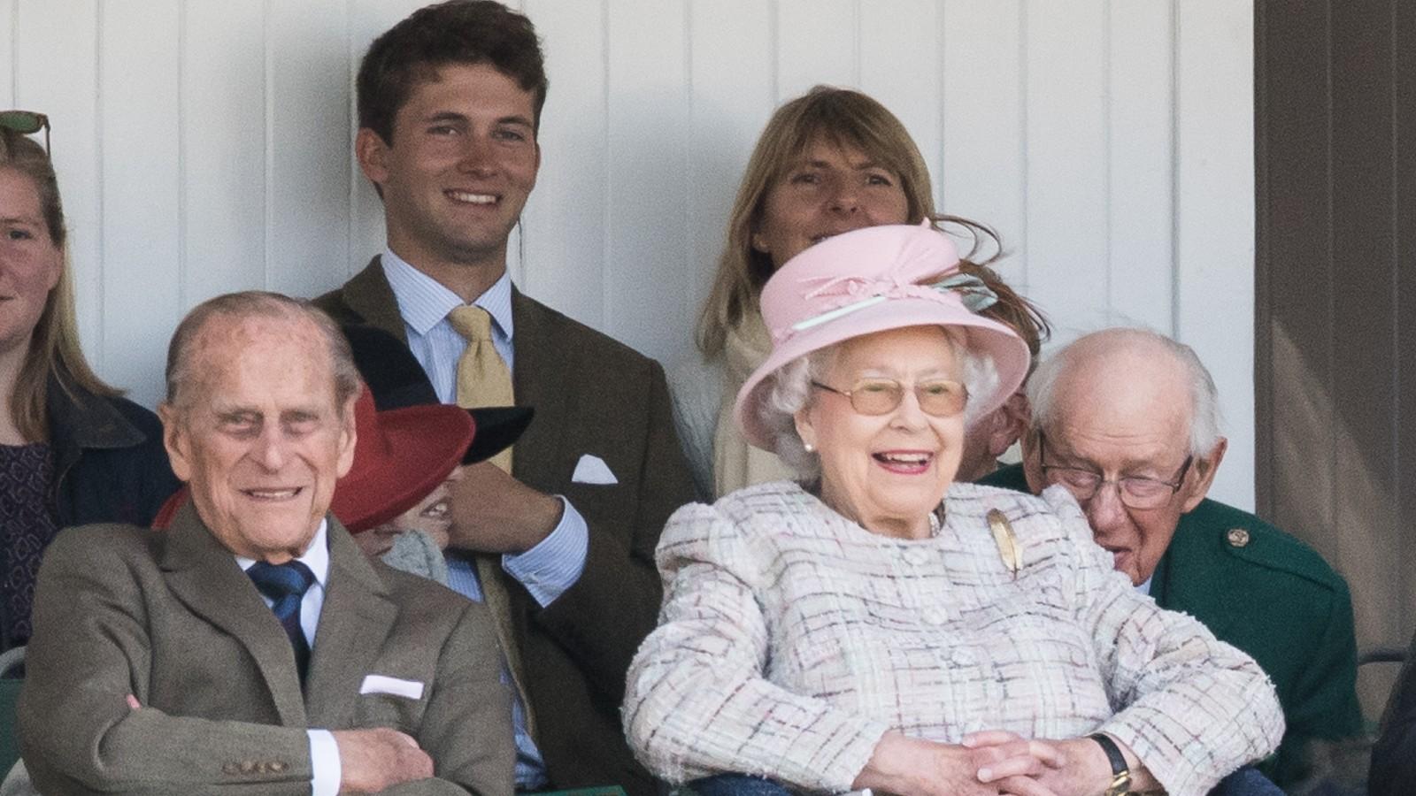 La Reine et le Prince Philip aux Highland Games