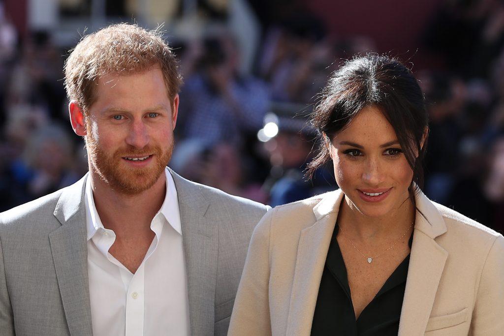Le prince Harry, duc de Sussex, et Meghan, duchesse de Sussex, arrivent pour un engagement à Edes House.
